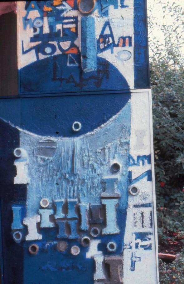 1968, Manifestation 1963-1968, œuvre tactiliste sur toile,146 x 75 cm, collection Musée Théo Kerg Schriesheim-Heidelberg