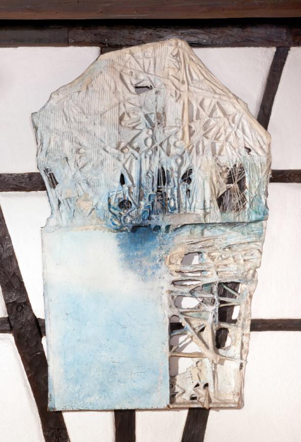 1976 Kafka le procès, oeuvr etactiliste sur toile avec ficelles,113 x 200 cm, collection Musèe Thèo Kerg Schriesheim, exposée au Cercle-Cité en 2013-2014