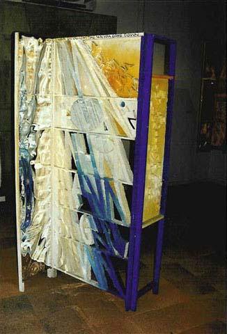1972 A man on whom the sun has gone down, oeuvre tactiliste recto verso, 200 x 150 cm exposée au Palais des Congrès à Aix en Provence en juillet 1972